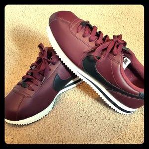 Nike Cortez Burgundy